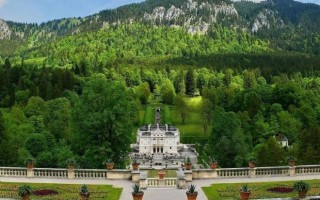 Замок Линдерхоф в Баварии – миниатюрный Версаль