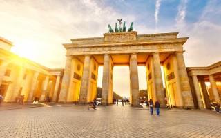 Бранденбургские ворота – один из символов туристической Германии