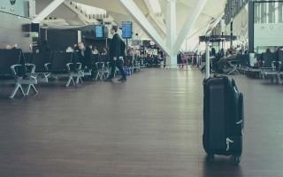Кому нельзя выезжать за границу РФ: список невыездных граждан